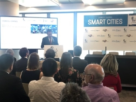 "I Foro de El Español sobre Smart Cities en Madrid (14) • <a style=""font-size:0.8em;"" href=""http://www.flickr.com/photos/129072575@N05/42180339964/"" target=""_blank"">View on Flickr</a>"