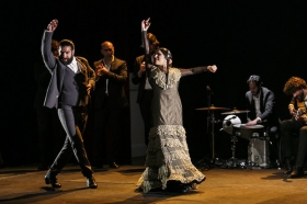 """Jueves Flamencos de la Fundación Cajasol en Sevilla: Antonio Molina 'El Choro' (43) • <a style=""""font-size:0.8em;"""" href=""""http://www.flickr.com/photos/129072575@N05/39620187400/"""" target=""""_blank"""">View on Flickr</a>"""