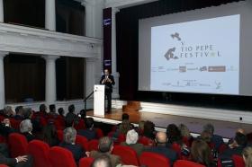 "Presentación del V Tío Pepe Festival en la Fundación Cajasol (18) • <a style=""font-size:0.8em;"" href=""http://www.flickr.com/photos/129072575@N05/39635920610/"" target=""_blank"">View on Flickr</a>"