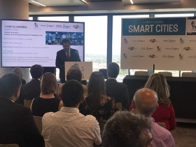 "I Foro de El Español sobre Smart Cities en Madrid (15) • <a style=""font-size:0.8em;"" href=""http://www.flickr.com/photos/129072575@N05/42850422952/"" target=""_blank"">View on Flickr</a>"