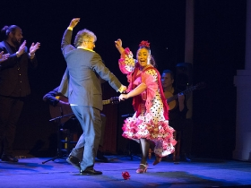 "Jueves Flamencos de la Fundación Cajasol en Sevilla: Manuela Carpio (3) • <a style=""font-size:0.8em;"" href=""http://www.flickr.com/photos/129072575@N05/41289939015/"" target=""_blank"">View on Flickr</a>"