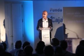 """Presentación del poemario de Nicolás Guillén en la Fundación Cajasol (10) • <a style=""""font-size:0.8em;"""" href=""""http://www.flickr.com/photos/129072575@N05/41913420862/"""" target=""""_blank"""">View on Flickr</a>"""