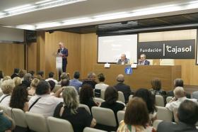 """Entrega del IV Premio Ángel Solidario 'José María Trancoso' en la Fundación Cajasol (7) • <a style=""""font-size:0.8em;"""" href=""""http://www.flickr.com/photos/129072575@N05/41528950100/"""" target=""""_blank"""">View on Flickr</a>"""