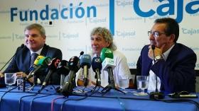 "Presentación de '60 años de Magia' en Cádiz (5) • <a style=""font-size:0.8em;"" href=""http://www.flickr.com/photos/129072575@N05/43315010662/"" target=""_blank"">View on Flickr</a>"
