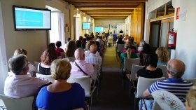 "Aula de Salud Asisa Cádiz: Fibromialgia • <a style=""font-size:0.8em;"" href=""http://www.flickr.com/photos/129072575@N05/41635088760/"" target=""_blank"">View on Flickr</a>"