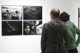"Exposición 'World Press Photo 2018' en la Fundación Cajasol (Sevilla) (5) • <a style=""font-size:0.8em;"" href=""http://www.flickr.com/photos/129072575@N05/39929782900/"" target=""_blank"">View on Flickr</a>"
