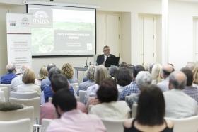 """Conferencia de José Beltrán Fortes en el Seminario sobre Itálica en la Fundación Cajasol (7) • <a style=""""font-size:0.8em;"""" href=""""http://www.flickr.com/photos/129072575@N05/41422082334/"""" target=""""_blank"""">View on Flickr</a>"""