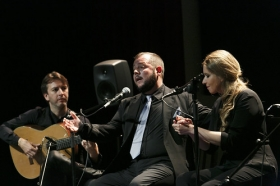 "Jueves Flamencos de la Fundación Cajasol en Sevilla: Jeromo Segura (35) • <a style=""font-size:0.8em;"" href=""http://www.flickr.com/photos/129072575@N05/40834108485/"" target=""_blank"">View on Flickr</a>"