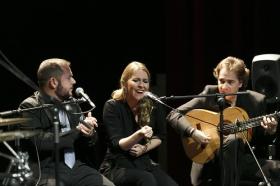 "Jueves Flamencos de la Fundación Cajasol en Sevilla: Jeromo Segura (33) • <a style=""font-size:0.8em;"" href=""http://www.flickr.com/photos/129072575@N05/40834108215/"" target=""_blank"">View on Flickr</a>"