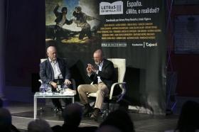 "Letras en Sevilla: 'España, ¿Mito, o realidad?'. 21 de mayo. Sesión de tarde (12) • <a style=""font-size:0.8em;"" href=""http://www.flickr.com/photos/129072575@N05/28401308518/"" target=""_blank"">View on Flickr</a>"