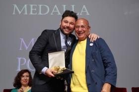 """Entrega de los VII Premios por la Igualdad Adriano Antinoo en la Fundación Cajasol (6) • <a style=""""font-size:0.8em;"""" href=""""http://www.flickr.com/photos/129072575@N05/40265551740/"""" target=""""_blank"""">View on Flickr</a>"""