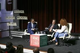 """Presentación de la Memoria 2017 de la Fundación Cajasol (16) • <a style=""""font-size:0.8em;"""" href=""""http://www.flickr.com/photos/129072575@N05/28269823488/"""" target=""""_blank"""">View on Flickr</a>"""