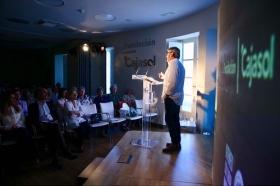 """Presentación del poemario de Nicolás Guillén en la Fundación Cajasol (5) • <a style=""""font-size:0.8em;"""" href=""""http://www.flickr.com/photos/129072575@N05/41239576114/"""" target=""""_blank"""">View on Flickr</a>"""