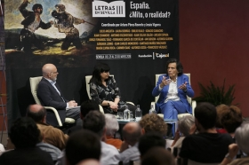 "Letras en Sevilla: 'España, ¿Mito, o realidad?'. 22 de mayo. Sesión de mañana (12) • <a style=""font-size:0.8em;"" href=""http://www.flickr.com/photos/129072575@N05/40473667160/"" target=""_blank"">View on Flickr</a>"