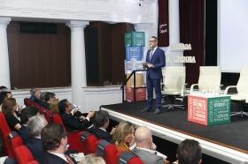 """Presentación de la Memoria 2017 de la Fundación Cajasol (5) • <a style=""""font-size:0.8em;"""" href=""""http://www.flickr.com/photos/129072575@N05/41241065115/"""" target=""""_blank"""">View on Flickr</a>"""