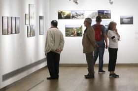 "Exposición 'World Press Photo 2018' en la Fundación Cajasol (Sevilla) (2) • <a style=""font-size:0.8em;"" href=""http://www.flickr.com/photos/129072575@N05/41696751052/"" target=""_blank"">View on Flickr</a>"