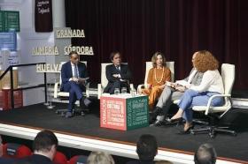 """Presentación de la Memoria 2017 de la Fundación Cajasol (11) • <a style=""""font-size:0.8em;"""" href=""""http://www.flickr.com/photos/129072575@N05/41241063815/"""" target=""""_blank"""">View on Flickr</a>"""