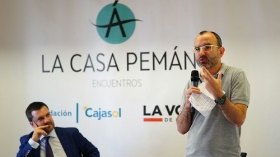 "Encuentros de la Casa Pemán: Rafael Santandreu • <a style=""font-size:0.8em;"" href=""http://www.flickr.com/photos/129072575@N05/42656647082/"" target=""_blank"">View on Flickr</a>"