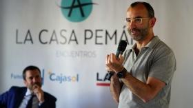 "Encuentros de la Casa Pemán: Rafael Santandreu (5) • <a style=""font-size:0.8em;"" href=""http://www.flickr.com/photos/129072575@N05/41987564674/"" target=""_blank"">View on Flickr</a>"