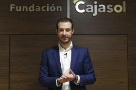 "II Ciclo Fundación Cajasol en un Tuit: Juan Merodio • <a style=""font-size:0.8em;"" href=""http://www.flickr.com/photos/129072575@N05/40534697200/"" target=""_blank"">View on Flickr</a>"