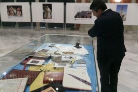 """Exposición 'Un Santo en Sevilla. 25 años, 25 huellas del Papa Juan Pablo II' (22) • <a style=""""font-size:0.8em;"""" href=""""http://www.flickr.com/photos/129072575@N05/41607686795/"""" target=""""_blank"""">View on Flickr</a>"""