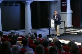 """Jornadas 'British TV: Auge y calidad de las series de ficción británicas' (9) • <a style=""""font-size:0.8em;"""" href=""""http://www.flickr.com/photos/129072575@N05/42656646332/"""" target=""""_blank"""">View on Flickr</a>"""