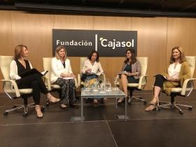 "Jornadas 'Mujer, Empleo y Diversidad' en la Fundación Cajasol (16) • <a style=""font-size:0.8em;"" href=""http://www.flickr.com/photos/129072575@N05/41048175610/"" target=""_blank"">View on Flickr</a>"