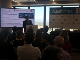 "I Foro de El Español sobre Smart Cities en Madrid (9) • <a style=""font-size:0.8em;"" href=""http://www.flickr.com/photos/129072575@N05/42850421982/"" target=""_blank"">View on Flickr</a>"