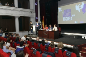 "Entrega de los IV Premios 'El Audiovisual en la Escuela' (20) • <a style=""font-size:0.8em;"" href=""http://www.flickr.com/photos/129072575@N05/42244183934/"" target=""_blank"">View on Flickr</a>"
