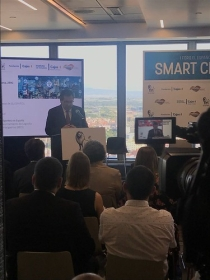 "I Foro de El Español sobre Smart Cities en Madrid (12) • <a style=""font-size:0.8em;"" href=""http://www.flickr.com/photos/129072575@N05/42180339854/"" target=""_blank"">View on Flickr</a>"