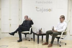 """Presentación del libro 'Leonard Cohen y el Zen' en Sevilla (3) • <a style=""""font-size:0.8em;"""" href=""""http://www.flickr.com/photos/129072575@N05/42251060065/"""" target=""""_blank"""">View on Flickr</a>"""