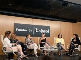 "Jornadas 'Mujer, Empleo y Diversidad' en la Fundación Cajasol (15) • <a style=""font-size:0.8em;"" href=""http://www.flickr.com/photos/129072575@N05/41958252495/"" target=""_blank"">View on Flickr</a>"