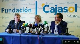 "Presentación de '60 años de Magia' en Cádiz (4) • <a style=""font-size:0.8em;"" href=""http://www.flickr.com/photos/129072575@N05/42646791474/"" target=""_blank"">View on Flickr</a>"