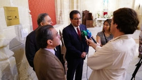 "Visita institucional a la Iglesia de Santiago en Jerez (5) • <a style=""font-size:0.8em;"" href=""http://www.flickr.com/photos/129072575@N05/29275856908/"" target=""_blank"">View on Flickr</a>"