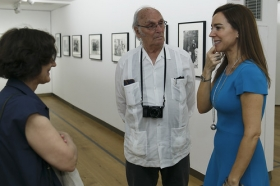 """Exposición 'ESPAÑA AÑOS 50', de Carlos Saura, en la Fundación Cajasol (5) • <a style=""""font-size:0.8em;"""" href=""""http://www.flickr.com/photos/129072575@N05/42600051874/"""" target=""""_blank"""">View on Flickr</a>"""