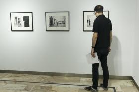 """Exposición 'ESPAÑA AÑOS 50', de Carlos Saura, en la Fundación Cajasol (17) • <a style=""""font-size:0.8em;"""" href=""""http://www.flickr.com/photos/129072575@N05/41508275420/"""" target=""""_blank"""">View on Flickr</a>"""