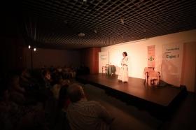 "Del Teatro al Cole 2018 en Córdoba: 'Sinsabores de una bata de cola' (4) • <a style=""font-size:0.8em;"" href=""http://www.flickr.com/photos/129072575@N05/30675905458/"" target=""_blank"">View on Flickr</a>"
