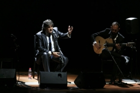 """Jueves Flamencos de la Fundación Cajasol en Sevilla: Vicente Soto 'Sordera' & Rancapino Chico (7) • <a style=""""font-size:0.8em;"""" href=""""http://www.flickr.com/photos/129072575@N05/30326637347/"""" target=""""_blank"""">View on Flickr</a>"""