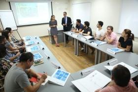 "I Programa Formativo para emprendedores del sector cultural en la Fundación Cajasol (4) • <a style=""font-size:0.8em;"" href=""http://www.flickr.com/photos/129072575@N05/43116386140/"" target=""_blank"">View on Flickr</a>"