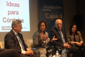 "Foro '75 ideas para Córdoba' en la Fundación Cajasol (16) • <a style=""font-size:0.8em;"" href=""http://www.flickr.com/photos/129072575@N05/34320546265/"" target=""_blank"">View on Flickr</a>"