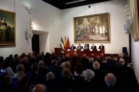 "Día del Instituto de Academias de Andalucía (4) • <a style=""font-size:0.8em;"" href=""http://www.flickr.com/photos/129072575@N05/33393035203/"" target=""_blank"">View on Flickr</a>"