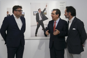 "Exposición World Press Photo 2017 en la Fundación Cajasol (36) • <a style=""font-size:0.8em;"" href=""http://www.flickr.com/photos/129072575@N05/33592498153/"" target=""_blank"">View on Flickr</a>"