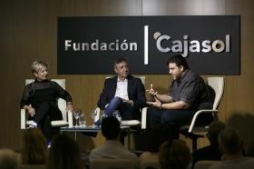 """Mesa redonda 'Cuando la cocina es una fiesta' en la Fundación Cajasol (2) • <a style=""""font-size:0.8em;"""" href=""""http://www.flickr.com/photos/129072575@N05/33544352744/"""" target=""""_blank"""">View on Flickr</a>"""