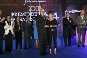 "XXII Premio de Novela Fernando Lara (4) • <a style=""font-size:0.8em;"" href=""http://www.flickr.com/photos/129072575@N05/34607791382/"" target=""_blank"">View on Flickr</a>"