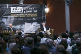"Letras en Sevilla: Arturo Pérez-Reverte (23) • <a style=""font-size:0.8em;"" href=""http://www.flickr.com/photos/129072575@N05/34528157462/"" target=""_blank"">View on Flickr</a>"