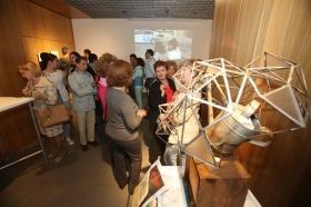 """Entrega de los II premios 'El Arte y los Patios Cordobeses' en la Fundación Cajasol (6) • <a style=""""font-size:0.8em;"""" href=""""http://www.flickr.com/photos/129072575@N05/34192468640/"""" target=""""_blank"""">View on Flickr</a>"""