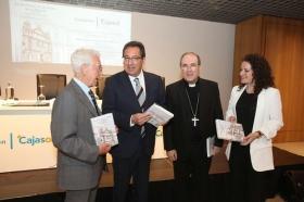 """Presentación del libro 'La propiedad de la iglesia de la Merced' en Córdoba • <a style=""""font-size:0.8em;"""" href=""""http://www.flickr.com/photos/129072575@N05/34750330325/"""" target=""""_blank"""">View on Flickr</a>"""