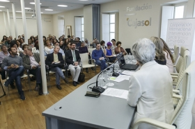 """Encuentros Formativos para Padres y Educadores en la Fundación Cajasol (10) • <a style=""""font-size:0.8em;"""" href=""""http://www.flickr.com/photos/129072575@N05/34611888455/"""" target=""""_blank"""">View on Flickr</a>"""