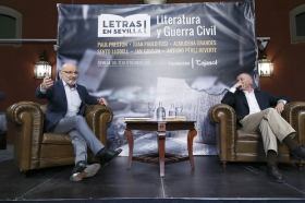 "Letras en Sevilla: Arturo Pérez-Reverte (26) • <a style=""font-size:0.8em;"" href=""http://www.flickr.com/photos/129072575@N05/34528158232/"" target=""_blank"">View on Flickr</a>"