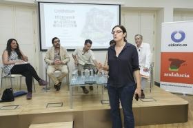 """Presentación de la revista nº16 de eldiario.es 'La ciudad civilizada' en la Fundación Cajasol (14) • <a style=""""font-size:0.8em;"""" href=""""http://www.flickr.com/photos/129072575@N05/34882088632/"""" target=""""_blank"""">View on Flickr</a>"""